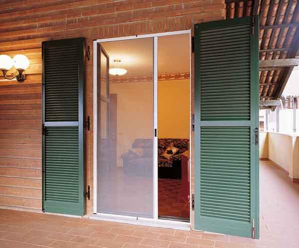 Serramenti in pvc zanzariere ps serramenti - Modelli di zanzariere per porte finestre ...
